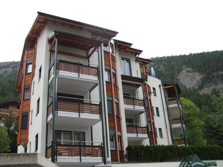 Appartementhaus LA PROMENADE, 2.5-Zimmerwohnung mit Terrasse, ruhige, zentrale Lage 3954 Leukerbad