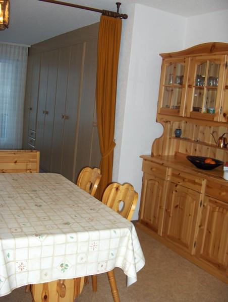 APPARTEMENTHAUS GEMMI, Renovierte, helle 2.5-Zimmerwohnung mit Balkon Süd und schöner Aussicht 4