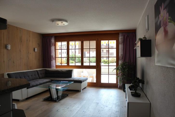 ARAMIS Exklusive 4.5-Zimmerwohnung + Gäste-Doppelzimmer mit grosser Terrasse Süd und Einzelgarage 4