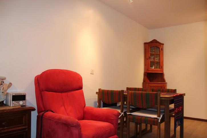 CLABINA Studiowohnung mit sehr grosser Südterrasse und schönem Ausblick 3