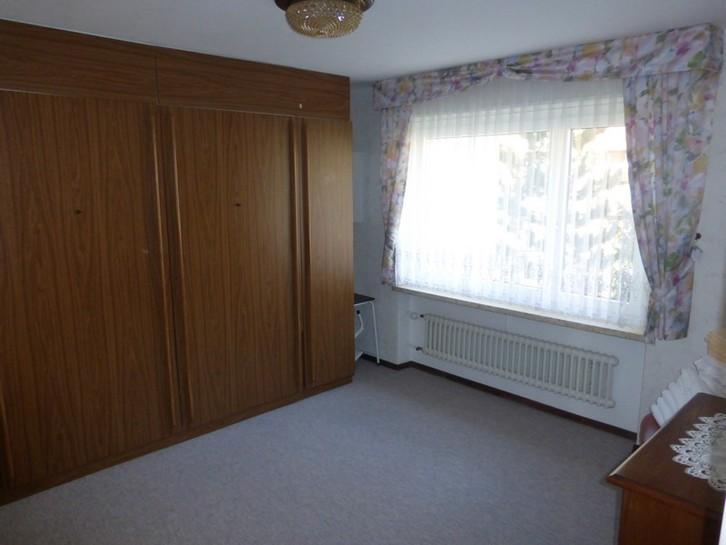 Appartementhaus EUROPE, grosse, helle 2.5-Zimmerwohnung mit Balkon Süd und Ost 2