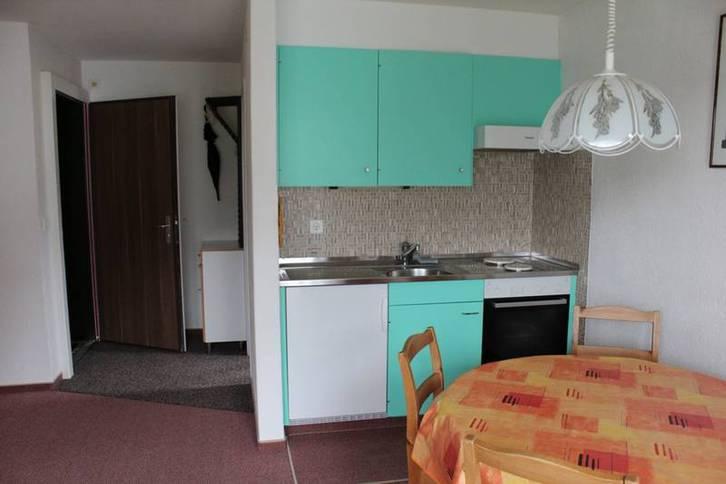 Apartmenthaus TOURBILLON, Studio mit Balkon und wunderbarer Sicht auf Leukerbad und die Alpen 3