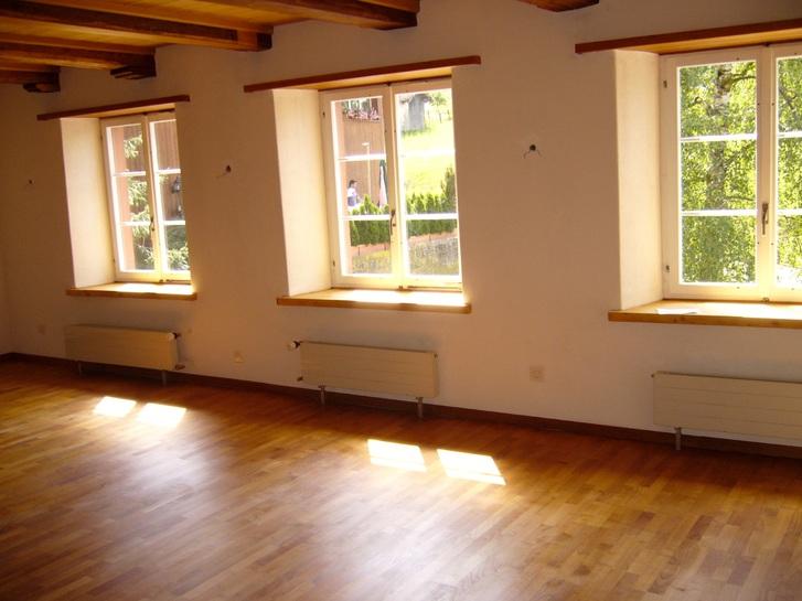 85 m2, 2 1/2 Zi. Wohnung nahe LIestal in Bauernhaus 2