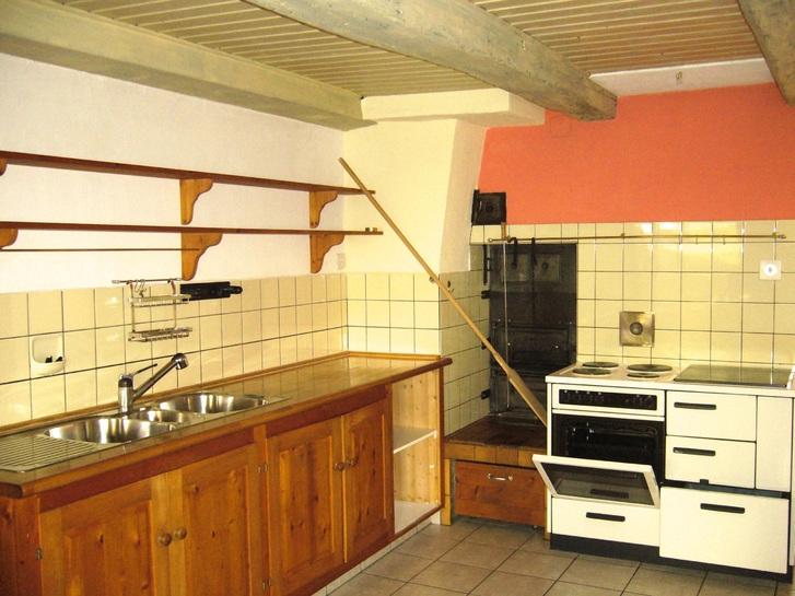 85 m2, 2 1/2 Zi. Wohnung nahe LIestal in Bauernhaus 3