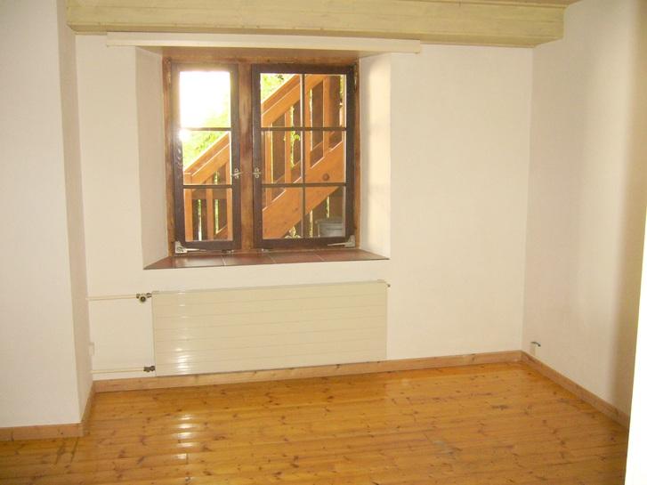 85 m2, 2 1/2 Zi. Wohnung nahe LIestal in Bauernhaus 4
