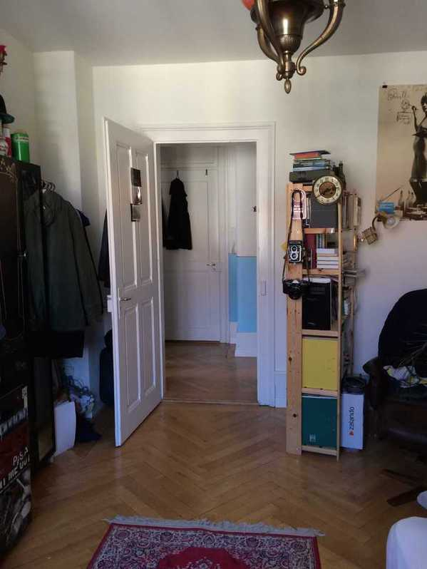 wg zimmer altbau 3014 bern altbau zimmer 15 quadratmeter in einer 3er wg mit historiker. Black Bedroom Furniture Sets. Home Design Ideas