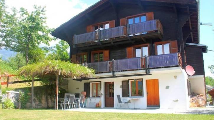 Chalet GRÄCHBIEL 7-Zimmer Chalet mit grossem Garten und Aussicht auf Riedgletscher und Mischabelgruppe 3925 Grächen