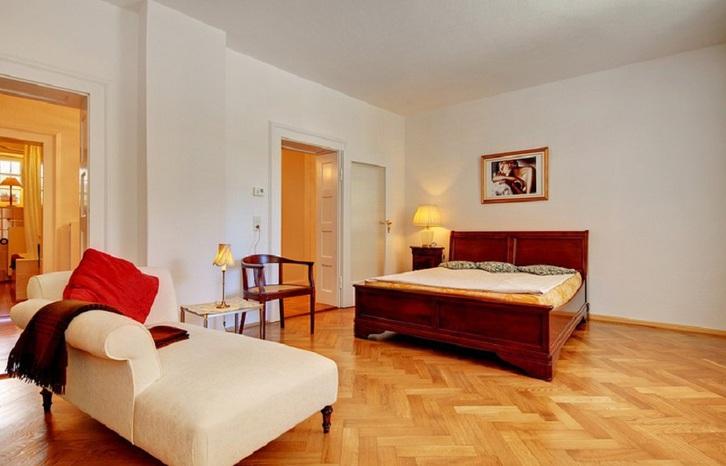 Location d 39 une chambre 1005 lausanne tr s belle cuisine avec fen tre cuisini re gaz - Location chambre lausanne ...