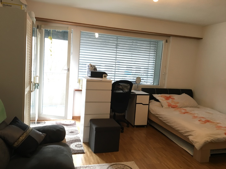 1 zimmer wohnung n he flughafen 8302 kloten in der n he. Black Bedroom Furniture Sets. Home Design Ideas