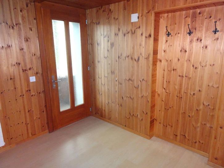 Im SCHWÄBIS / Steffisburg helle 3 1/2 Zimmer Wohnung zu vermieten  4