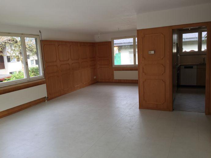 4.5 Zimmer EFH an ruhiger Lage in den Glarnerberge 2