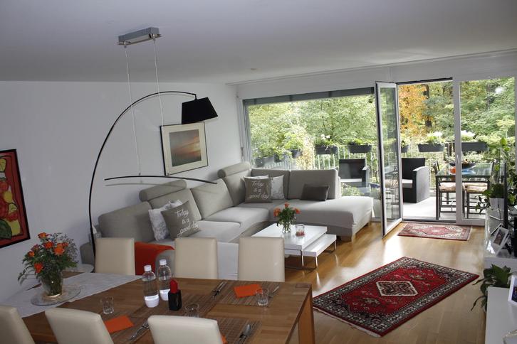 Lichtdurchflutete Wohnung mit Seesicht 9016 St. Gallen
