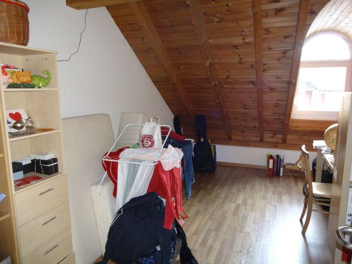 Schöne 4.5 Zimmer Dachwohnung 4