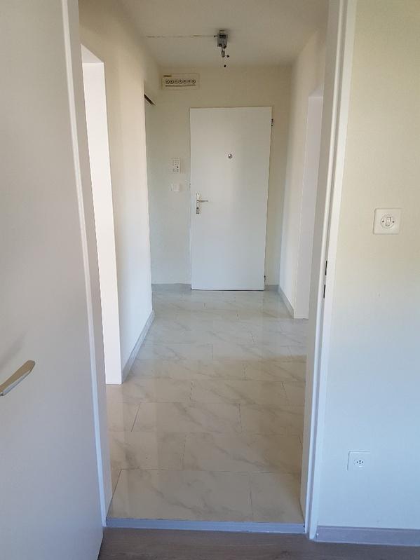 Zu Vermieten 3.5 Zimmer Wohnung 2