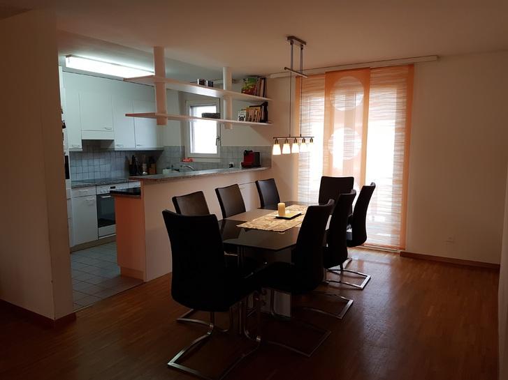 4.5 Zimmer Wohnung im ruhigen Wohnquartier zu vermieten 3