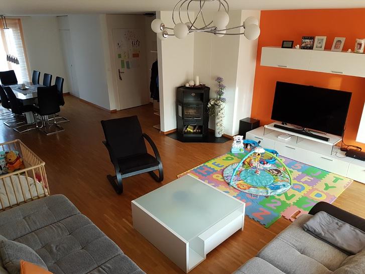 4.5 Zimmer Wohnung im ruhigen Wohnquartier zu vermieten 4