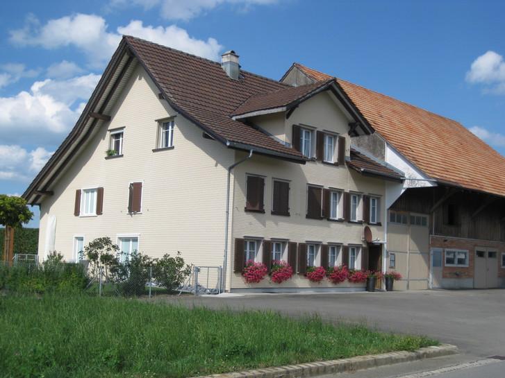 3 1/2  Zimmer Dachwohnung mit Aussicht 9220 Bischofszell
