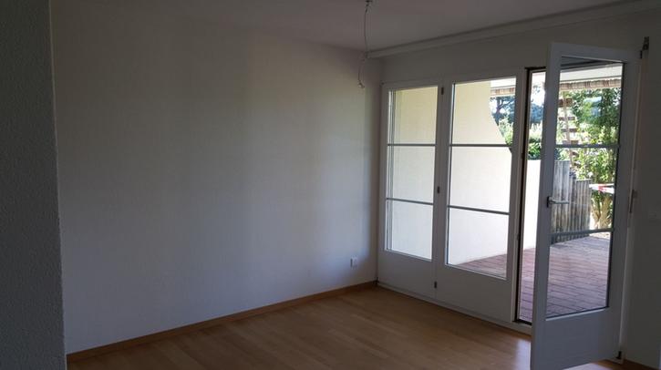 Charmante 2.5 -Zimmerwohnung mit Gartensitzplatz 2