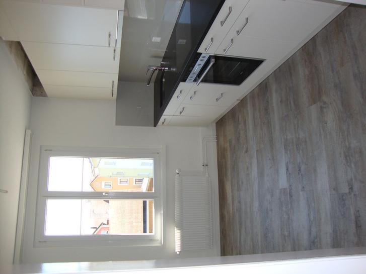 4.5 Zi Altbauwohnung renoviert mit Terrasse und Seesicht 2