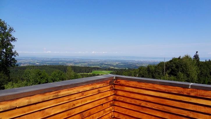 Moderne, grosse Dachwohnung mit Seesicht  9205 Waldkirch