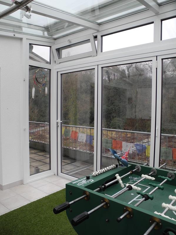 helle grosse maisonette wohnung mit wintergarten und dachterrasse an der ergolz 4302 augst. Black Bedroom Furniture Sets. Home Design Ideas