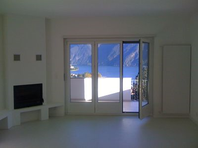 For sale apartment with lake view in Lugano center /attico 3.5 locali con vista lago, posizione centrale Lugano 2