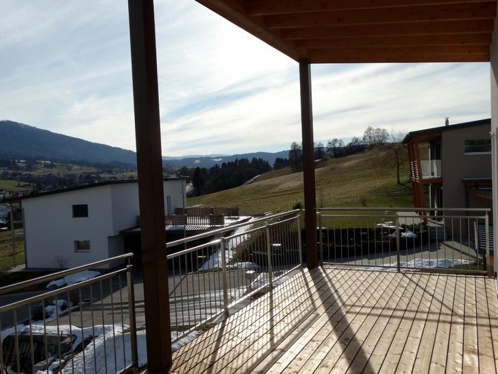 Zu Vermieten : Neues Haus oberhalb Biel 3