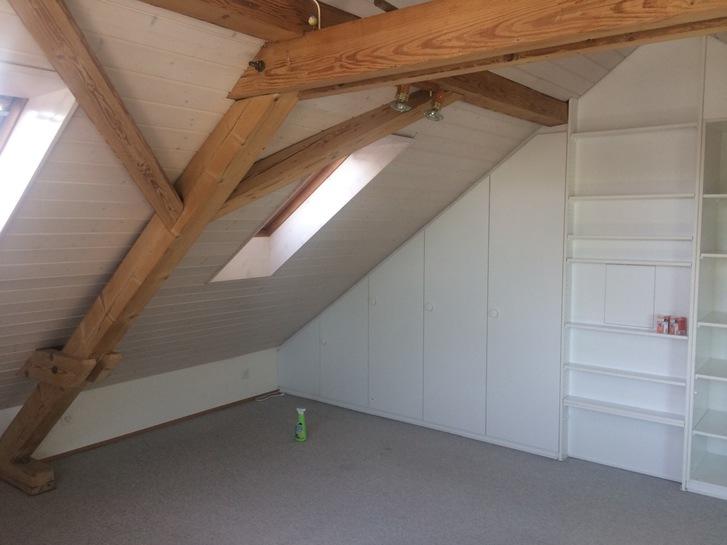 Dachzimmer zur Untermiete 2