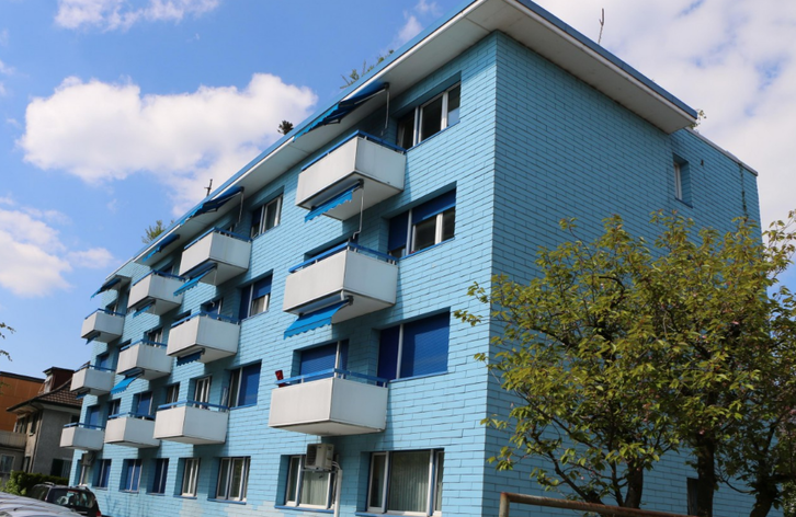 Möblierte 2.5 Zimmer WG zental, ruhig mit Balkon und Lift 8048 Zürich