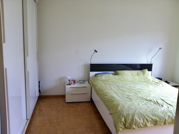 Schöne 2,5 Zimmers Dachwohnung mit 2 Blakonen in Basel 2