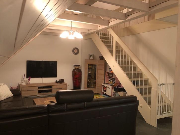 Idyllische Dachgeschoss Maisonette-Wohnung 8722 Kaltbrunn