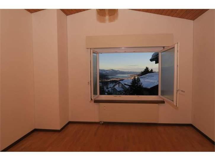 4.5-Zimmer Maisonette-Wohnung in Chalethaus 8738 Uetliburg SG