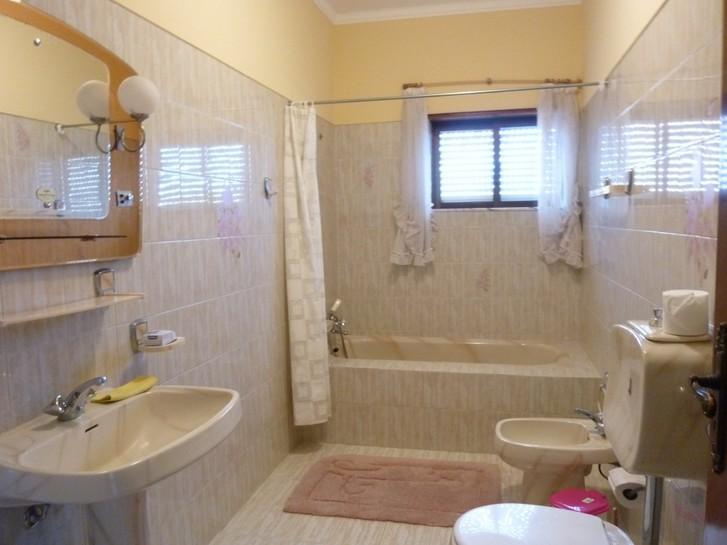 Haus zum Vermieten oder Verkaufen in Viana do Castelo-Portugal 2