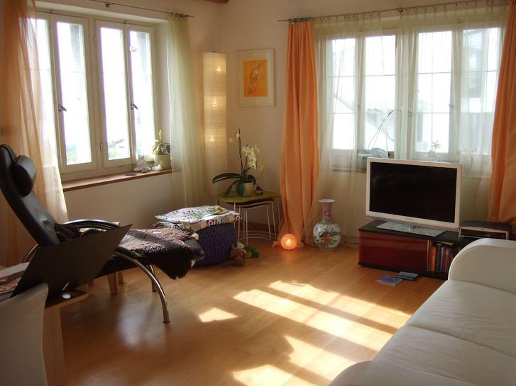 Helle Wohnung mit toller Seesicht in Altbau 3