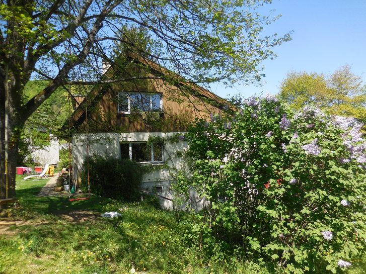 3,5 Zimmer Dachwohnung in der Nähe von Basel - in Flüh 4112 Flüh