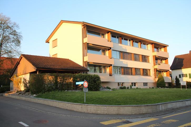 5,5 Zimmer in Märstetten (neu renoviert, grosszügig, perfekte Lage und Verkehrsanbindung) 2