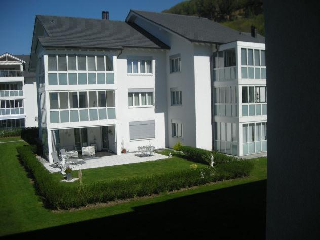 Moderne Wohnung mit Garten inkl. zwei Tiefgaragenplätze sucht Ehepaar oder junge Familie  5303 Würenlingen