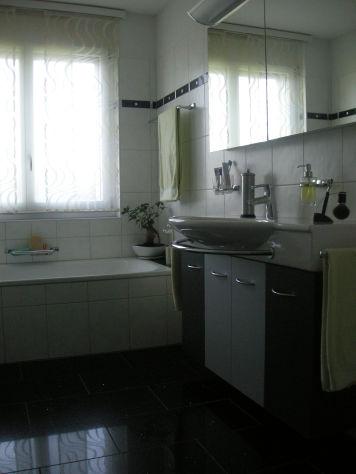 Moderne Wohnung mit Garten inkl. zwei Tiefgaragenplätze sucht Ehepaar oder junge Familie  4