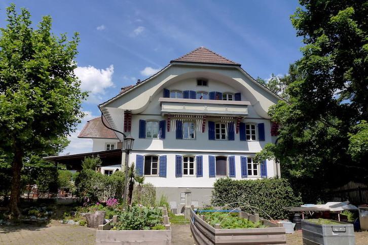 sonnige 4 1/2 Zi-Wohnung mit Balkon 4950 Huttwil