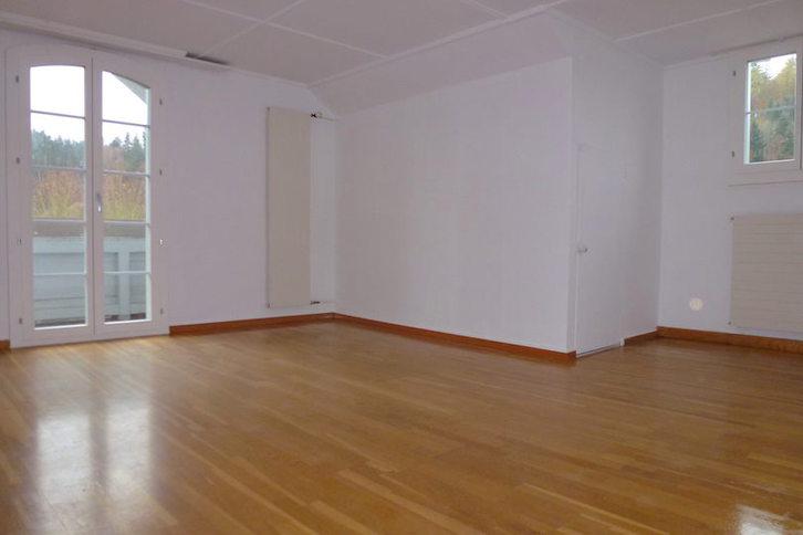 sonnige 4 1/2 Zi-Wohnung mit Balkon 4