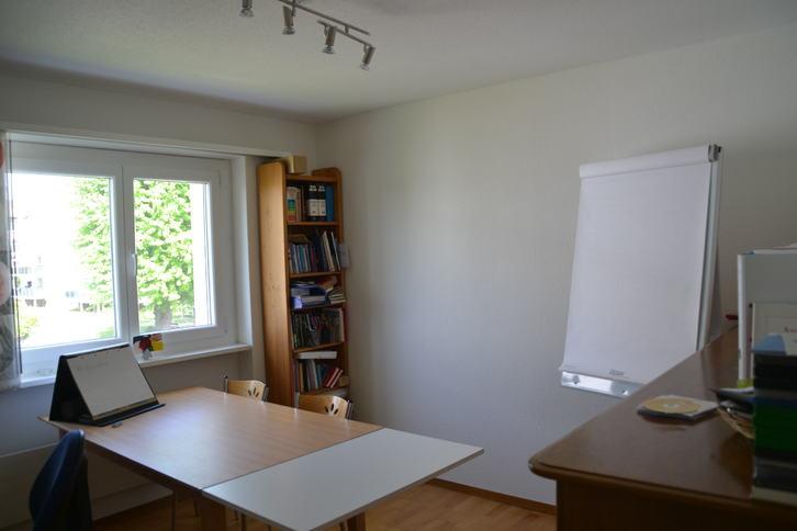 WG-Zimmer in perfekt gelegener 5 1/2 Zimmerwohnung 2