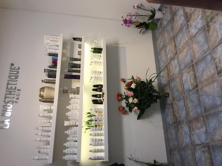 Raum in Coiffure Geschäft zu mieten 4051 Basel