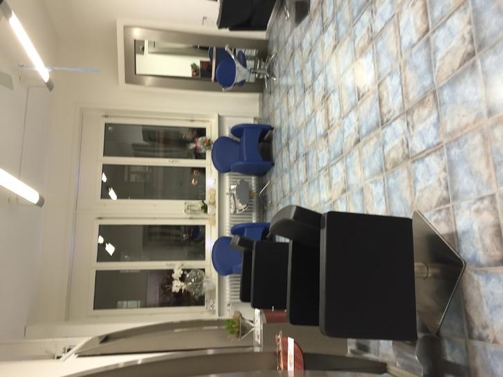 Raum in Coiffure Geschäft zu mieten 3