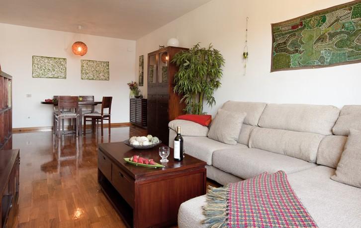 Charmante 2 Zimmer Wohnung mit Balkon 2