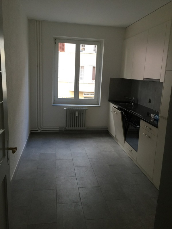 Grosse, helle Wohnung nahe Bahnhof Dietikon  3