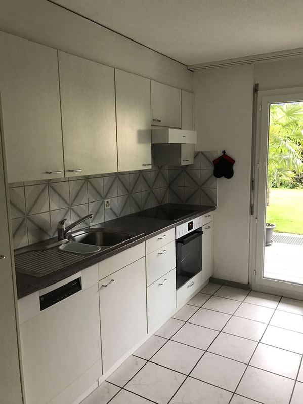 2.0-Zi Wohnung mit grossem Gartensitzplatz in Windisch zu vermieten 3