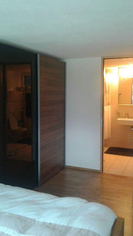 Eine Mobliertes Zimmer-Wohnung in einem schoenen Einfamilienhaus 3