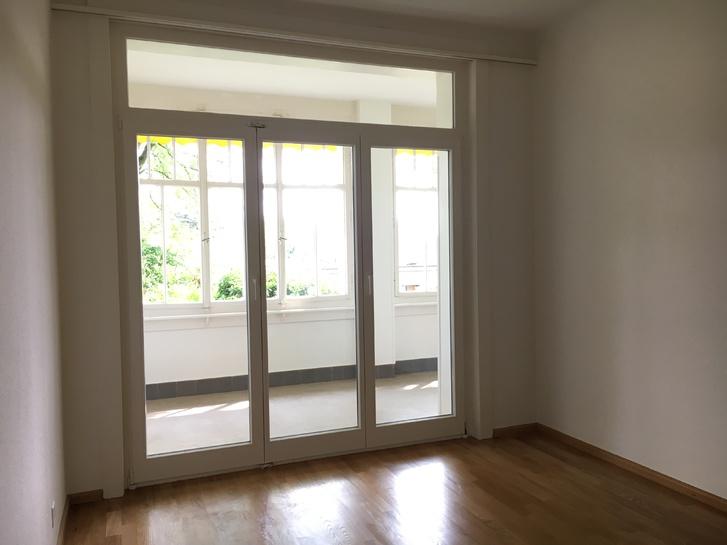 2.5 Zimmer Wohnung frisch renoviert mit Wintergarten und Garten 4