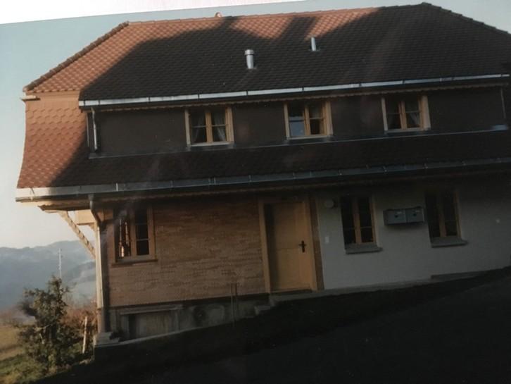 renoviertes Bauernstöckli mit zwei 2,5 Zimmerwohnungen 2