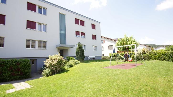 Grosszügige lichtdurchflutete 4.5 Zimmerwohnung in Niederwil AG 5524 Niederwil